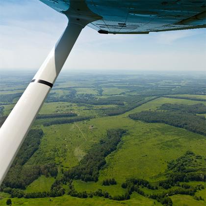 Под крылом самолета Cessna-172 подмосковные пейзажи
