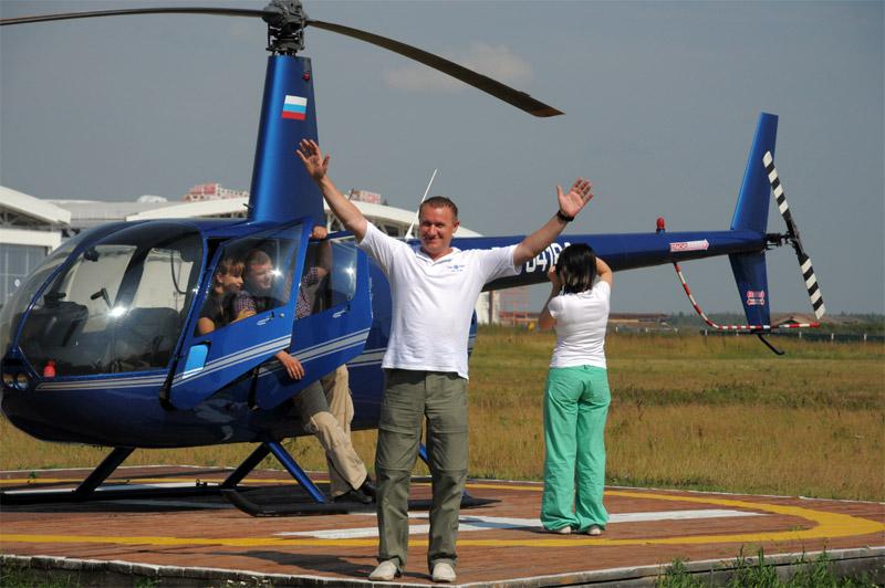 Над москвой сейчас летает куча вертолетов